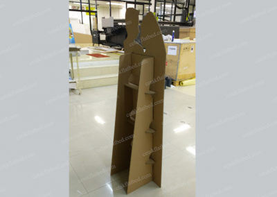 cetakflatbed_weddingstandee_kardus